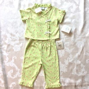 Hartstrings Other - Hartstrings Newborn 2 Piece Outfit 9 months. NWT.