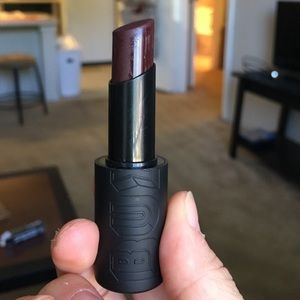 Buxom Matte Gel Lipstick in Vampy Plum