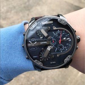 New Diesel 3 Bar Watch