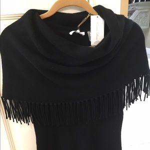 Minnie rose cashmere fringed tank with scoop neck.