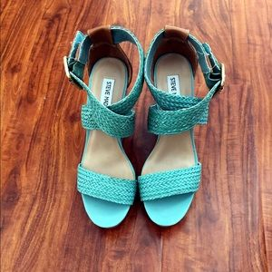 Steve Madden Shoes - NWOT Steve Madden wedges