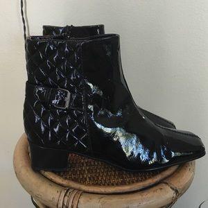 Sesto Meucci Shoes - SESTO MEUCCI PATENT LEATHER BOOTIES 🔵SZ 9N🔵