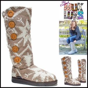 Muk Luks Shoes - ❗1-HOUR SALE❗MUK LUKS BOOT Faux Shearling Lined