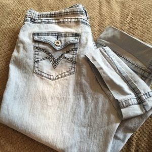 Cute Angles denim capris size.12