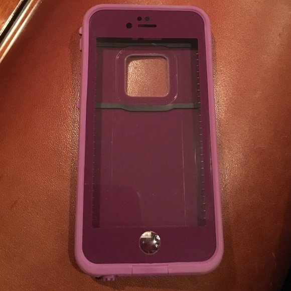 big sale 1a34c dd563 Crushed Purple Lifeproof Case 6/6S