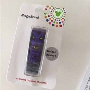 Disney Accessories - New in box magic band Limited edition