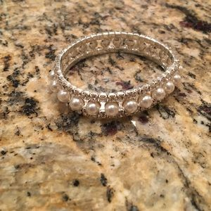 Jewelry - Pearl and Rhinestone Bridal/Pageant Bracelet