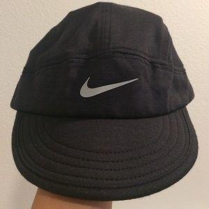 a9b61ff201c Nike Accessories - Nike Tailwind Dri-Fit Hat