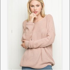 Brandy Melville Sweaters - Brandy Melville Rose Colored Sweater