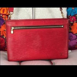 AUTHENTIC red epi leather crossbody Louis Vuitton