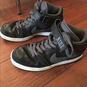 Nike Shoes - Nike Zoom Air black high tops