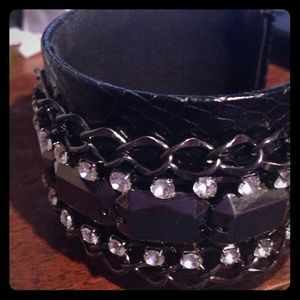Jewelry - Leather arm cuff