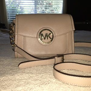 TRADED AND RESERVED Michael Kors Margo cross body