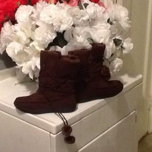 Adorable Brown ankle bootie 🌺🌻🌺🌻NWOT