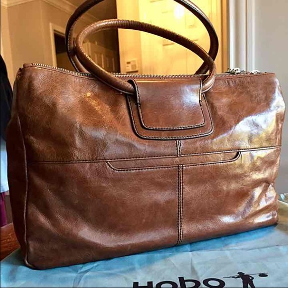 42% off HOBO Handbags - NWT HOBO International - Salina from ...