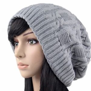 Accessories - Gray knitted slouchy hat beanie