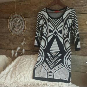Liv Dresses & Skirts - LIV perfect Black & White Day to Evening Dress SzS