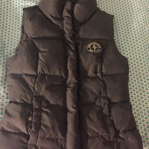 Abercrombie and Fitch vest puffer