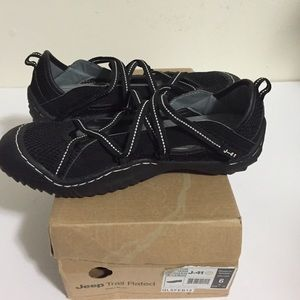 SALE J-41 Jeep trail rated shoes