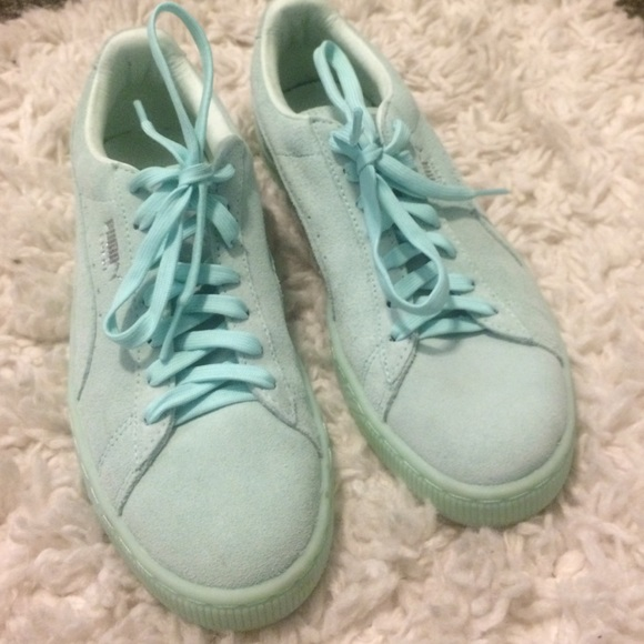 timeless design 7228a d5c7f Puma suede mono iced. Mint green. Size 8.5.