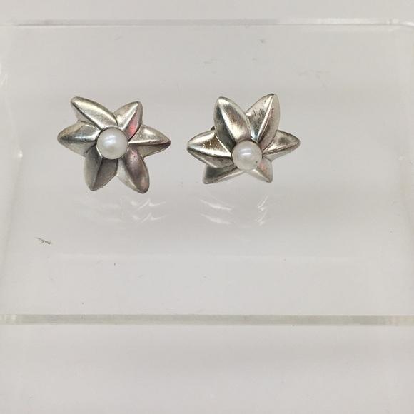 6d5b115dd Vintage Tiffany & Co shooting star earrings. M_57f3d06836d594d04b005c22
