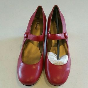 Array Shoes - Array  Red Mary Jane Pump Size 10M