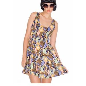 Motel Rocks Dresses & Skirts - Motel rocks Sisi parrot print dress