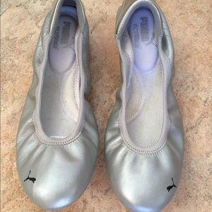 Puma Shoes - Puma Karlie S. Silver Ballet Flats Size 8 NWOT b8df2d241
