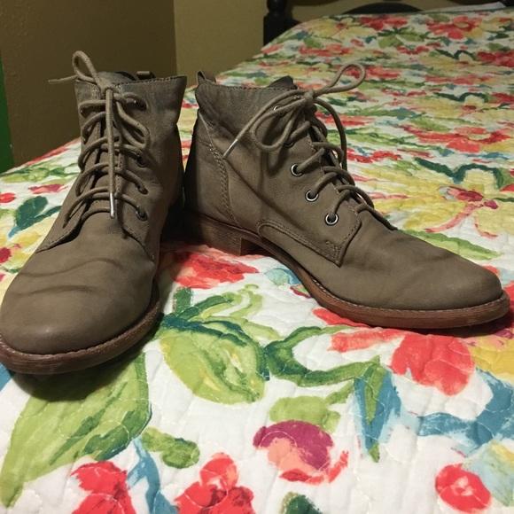 5076e1c6eb23f Sam Edelman Mare Lace-Up Ankle Boot. M 57f3fcc2291a35be6600c2cf