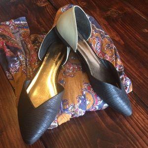Seychelles Shoes - Seychelles cream and black flats