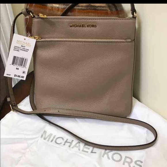 314e7645f2a2af Michael Kors Bags | Nwt Pebble Leather Crossbody | Poshmark