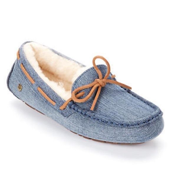 e9a0e5e197c Never worn ugg Dakota denim moccasins PLEASE READ