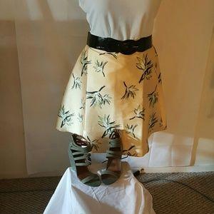 Forever 21 Dresses & Skirts - FOREVER 21 YELLOW WITH LEAVES SKIRT