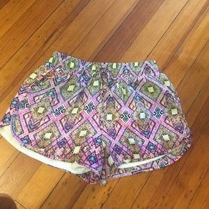Francesca's Collections Pants - Tribal shorts