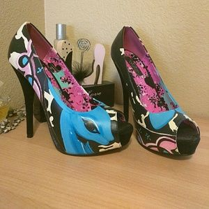 Iron Fist Shoes - Iron Fist Fawn Heels👠