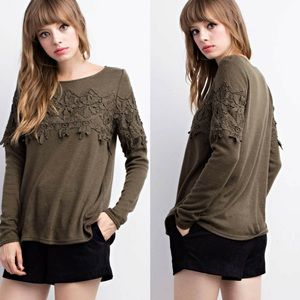 👉LAST 2👈Lace Trimmed Sweater