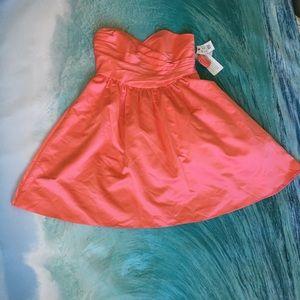 David's Bridal Dresses & Skirts - ⚡️FLASH SALE⚡️💗Short Strapless Satin Dress Coral