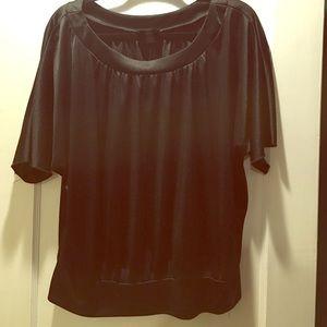 Shiny black AGB top