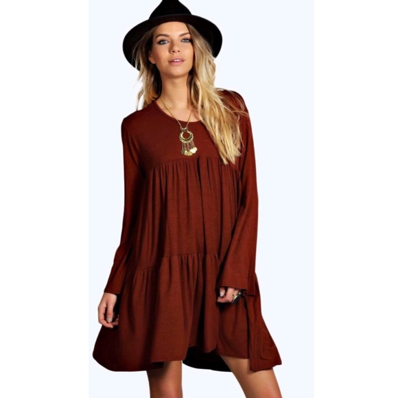 9b037c95ae7 Boohoo Dresses & Skirts - Boohoo tiered baby doll smock dress
