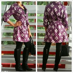 Jackets & Blazers - 🌟Sassy Plaid Trench coat NWT