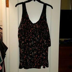 Michel Studio Tops - Nice tiered sleeveless blouse. Size 2X