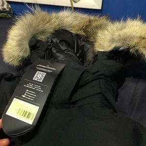 2d853711deb9 Canada Goose Jackets   Coats - Canda Goose Ladies Elrose Parka SF Sz Medium