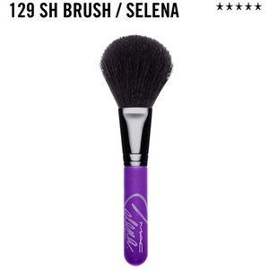 MAC Cosmetics Other - MAC Selena 129 SH Brush