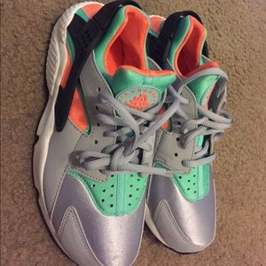 2664df35066 Nike Shoes - Nike Air Huarache Miami limited edition sneakers