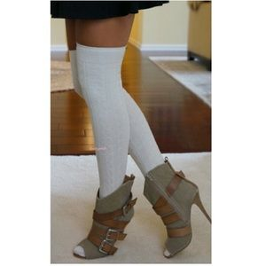 HUE Accessories - Cable Knit Over The Knee Socks Thigh High OTK Cuff