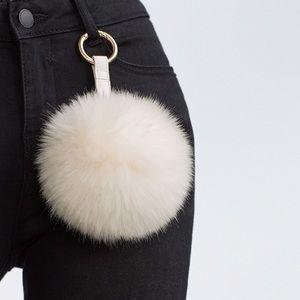 Zara fur Pom keychain