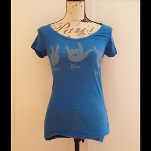 Super Soft Peace Love Rock Sign Language Tee Sz M