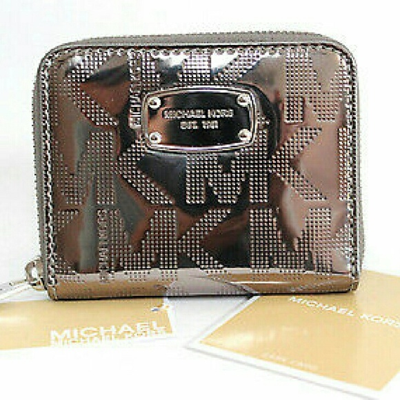 62af66e220cb92 MICHAEL Michael Kors Bags | Michael Kors Metallic Zip Bifold Coin ...
