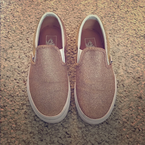 d277988f69 Vans Slip-On Glitter Rose Gold. SOLDOUT everywhere.  M 57f526212fd0b7f79900584c