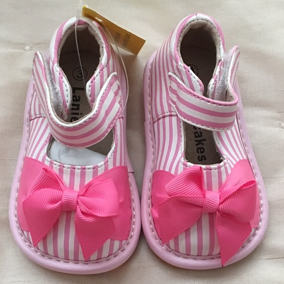 94123cbc08 NEW - Laniecakes Striped Mary Janes with bow. Pink